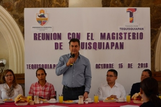 REUNIÓN  CON EL MAGISTERIO MUNICIPAL 3