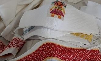 Artesanos-cubrebocas-bordados-tradicionales-696x340